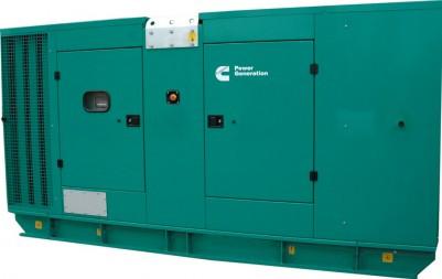 Дизельный генератор Cummins C300D5 в кожухе
