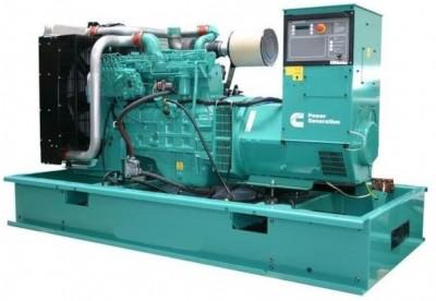 Дизельный генератор Cummins C330D5 с АВР
