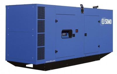 Дизельный генератор SDMO D550 в кожухе